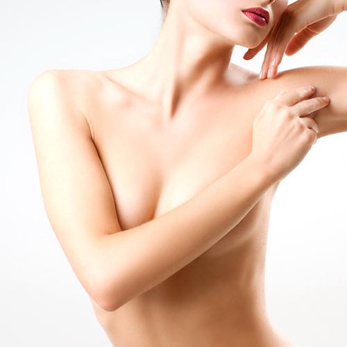 乳房下垂提乳手術前後照片比對